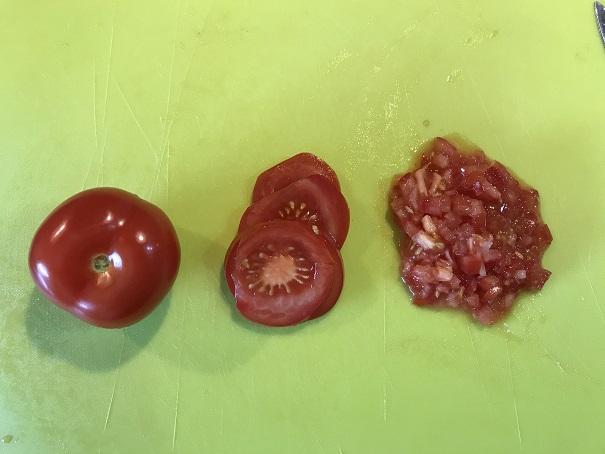 zerkleinerte Tomaten für Guacamole Dip