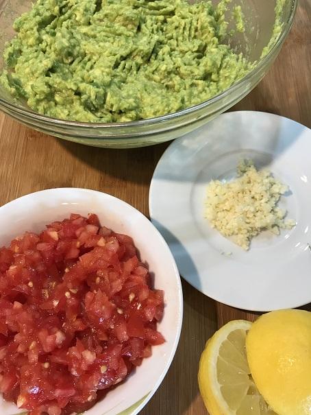 benötigte Zutaten für Guacamole Dip