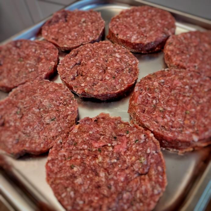 Rezept für die perfekten Patties für deinen Burger