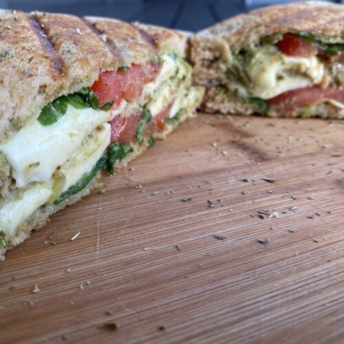 Tomate Mozarella Sandwich vom Grill