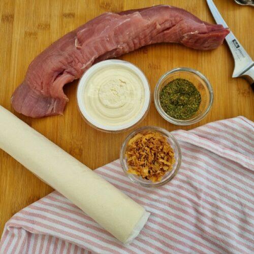 Hier bekommt ihr das Rezept für leckeres Schweinefilet im Blätterteig