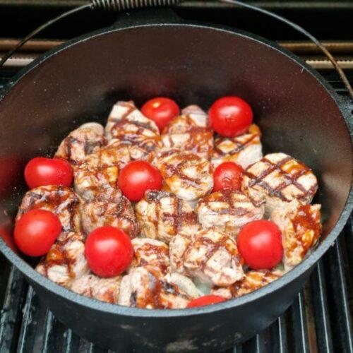 Hier bekommt ihr das Rezept für einen leckeren karibischen Filettopf aus dem Dutch OvenHier bekommt ihr das Rezept für einen leckeren karibischen Filettopf aus dem Dutch Oven