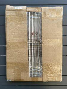 die beiden eingepackten Grillroste des Zunda MGG 442 Master