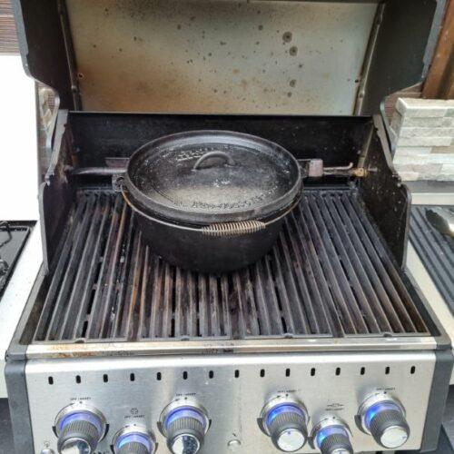 Hier bekommt ihr das Rezept für leckere Rouladen aus dem Dutch Oven